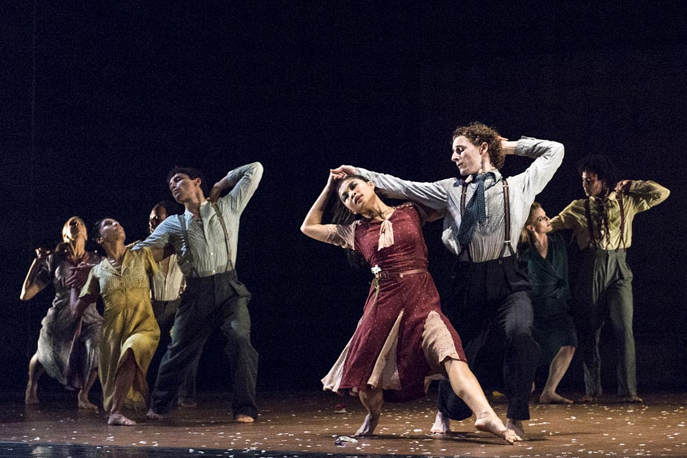 Rambert in Barak Marshall's The Castaways.© Foteini Christofilopoulou. (Click image for larger version)