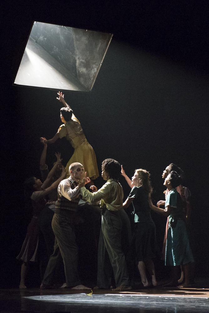 Rambert in Barak Marshall's <I>The Castaways</I>.<br />© Foteini Christofilopoulou. (Click image for larger version)