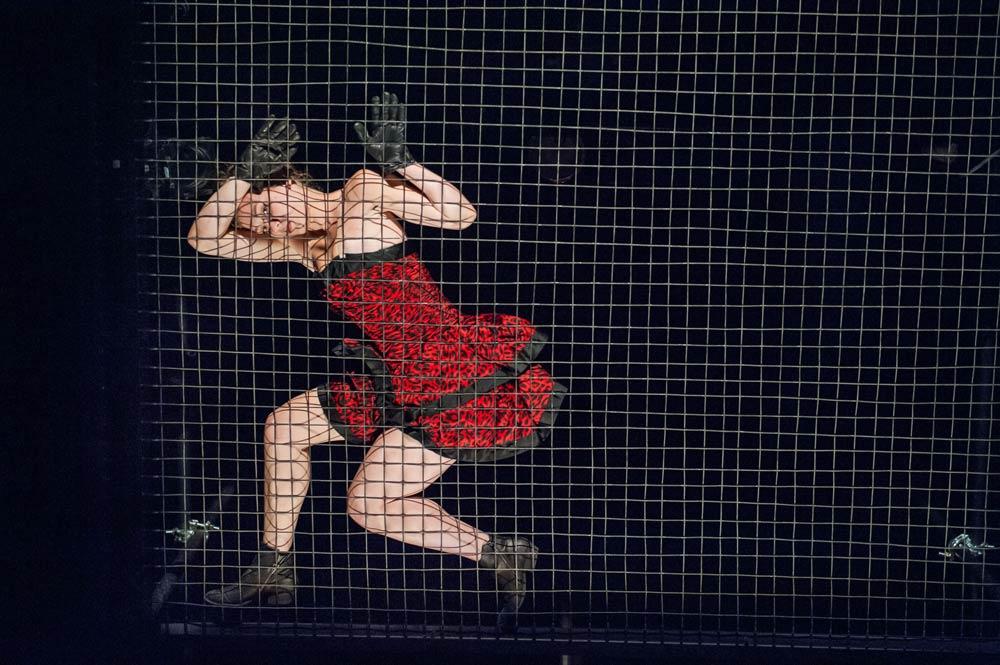 Dance Heginbotham promotional image - dancer Sarah Stanley.<br />© Stephanie Berger. (Click image for larger version)