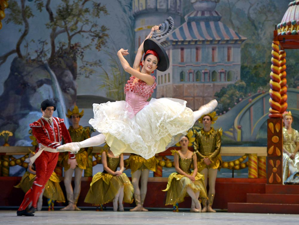 """Sarah Mestrovic in <I>The Nutcracker</I>.<br />© <a href=""""http://www.moving-moments.de/"""">Bettina Stoess</a>. (Click image for larger version)"""