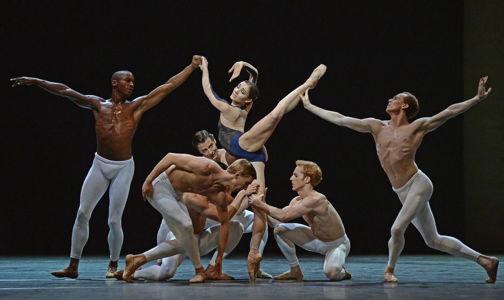 David Dawson's The Human Seasons: Eric Underwood, Melissa Hamilton, Edward Watson, in front - Dawid Trzensimiech, Steven McRae (Johannes Stepanek peeps through).© Dave Morgan, by kind permission of the Royal Opera House. (Click image for larger version)