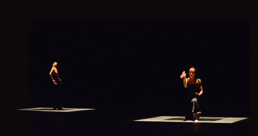 Yuan Yuan Tan and Fang-Yi Sheu in Russel Maliphant's Two x Two.© Dave Morgan. (Click image for larger version)