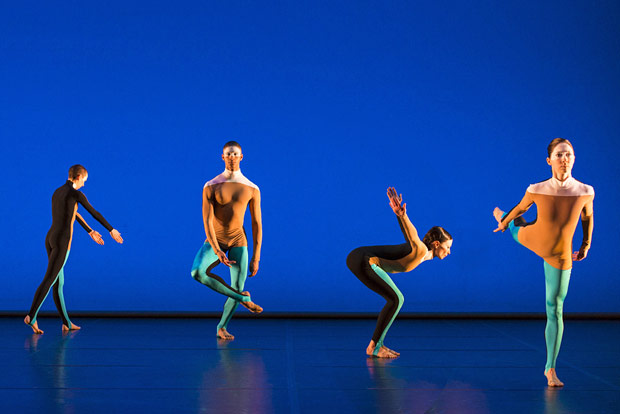 Julie Cunningham, Harry Alexander, Oxana Panchenko and Melissa Hetherington in the 'Albatross' section of <I>All Three at Once</I>.<br />© Foteini Christofilopoulou. (Click image for larger version)