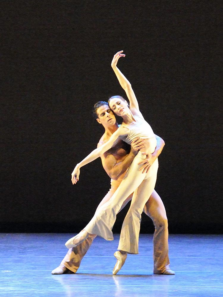 Julie Kent and Marcelo Gomes in <I>Clear</I>.<br />© Gene Schiavone. (Click image for larger version)