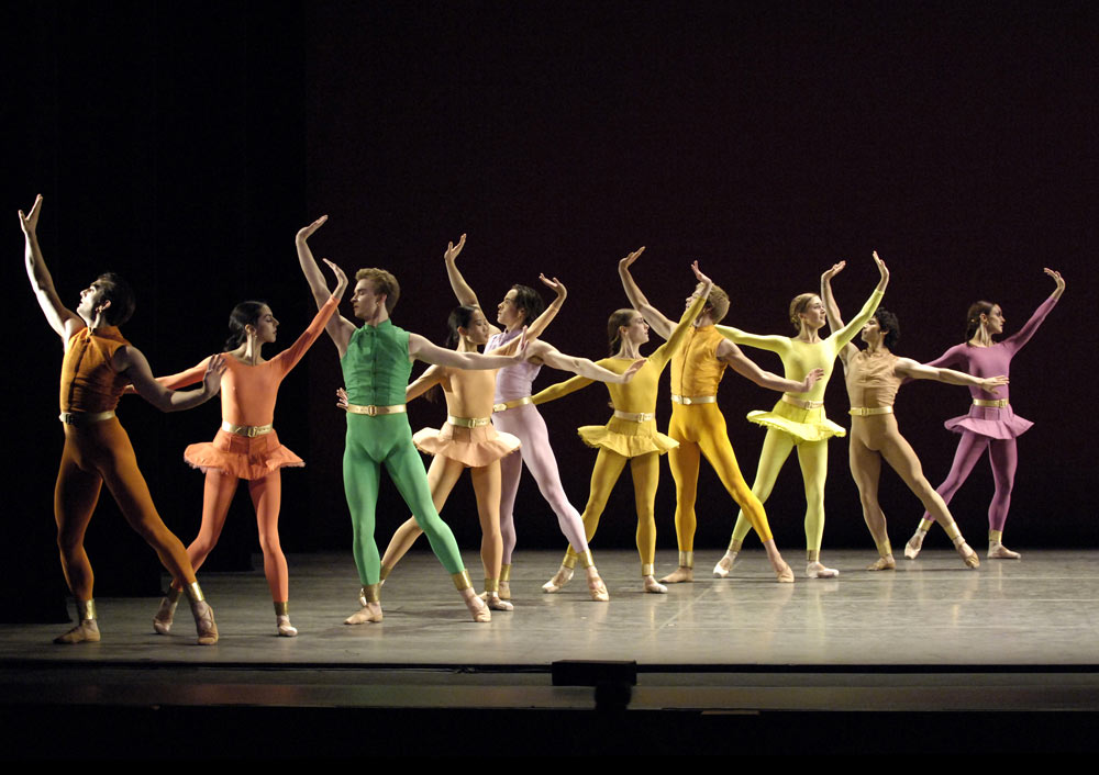 American Ballet Theatre in Mark Morris's Gong.© Gene Schiavone. (Click image for larger version)