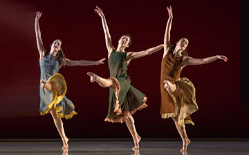Jenn Weddel, Stacy Martorana and Rita Donahue in L'Allegro, il Penseroso, ed il Moderato.© Kevin Yatarola. (Click image for larger version)