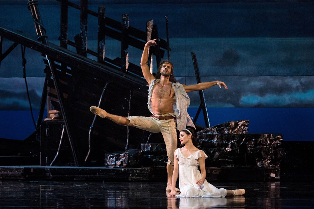 Sarah Lane as Miranda and Marcelo Gomes as Prospero in The Tempest.© Marty Sohl. (Click image for larger version)