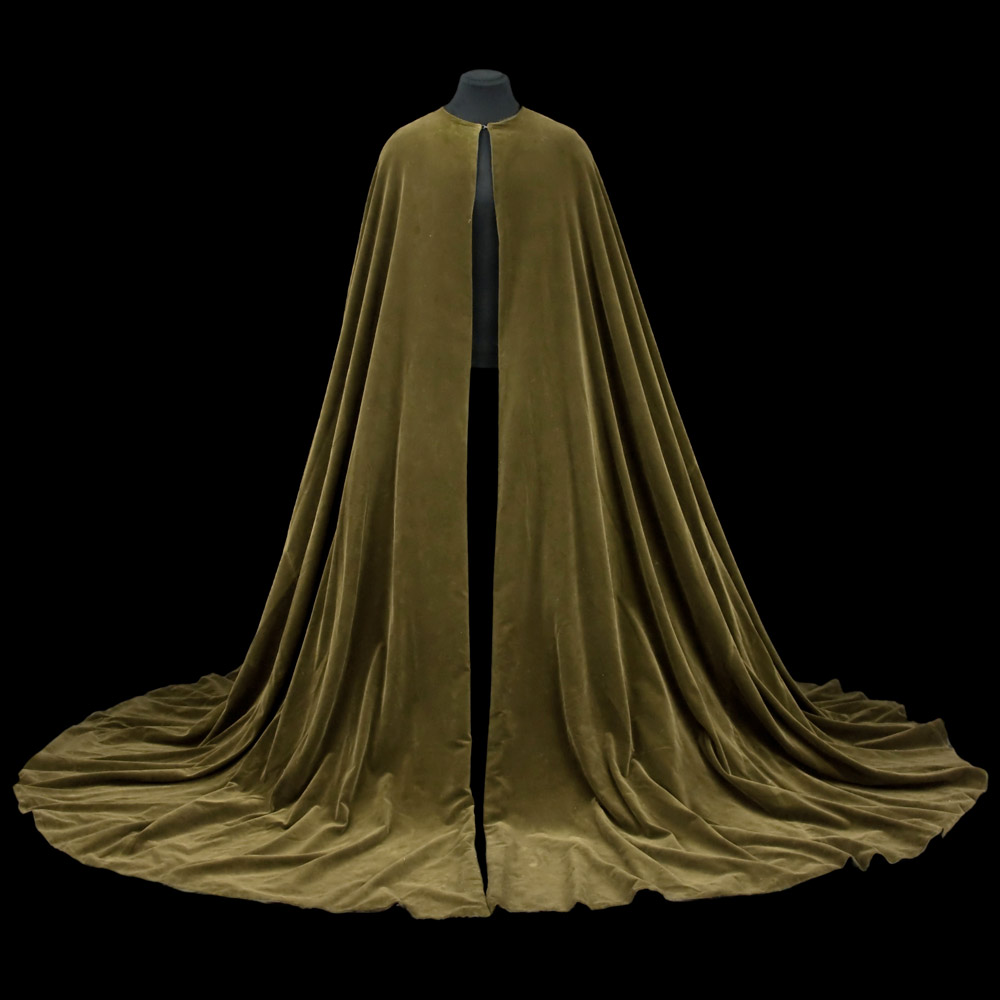 Cape for Albrecht, Act I, <I>Giselle</I>, 1960. Costume by James Bailey.<br />© CNCS / Photo Pascal Francois. (Click image for larger version)