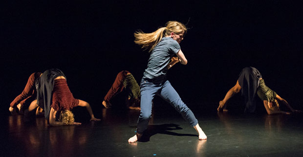 Hannah Rudd in Malgorzata Dzierzon's <I>Hikikomori</I>.<br />© Foteini Christofilopoulou. (Click image for larger version)