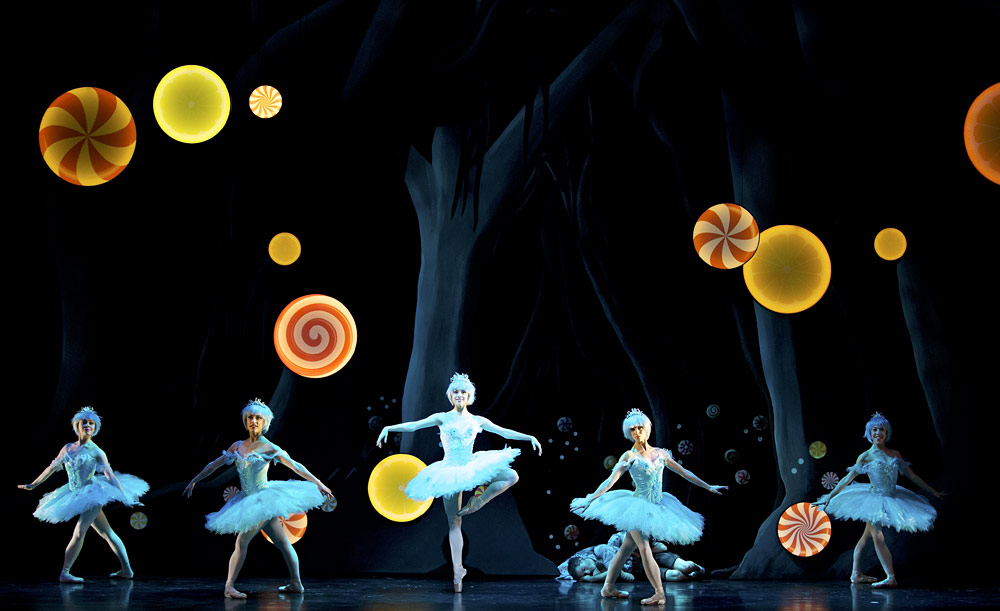 Daniela Oddi, Laura Joffre, Bethany Kingsley-Garner, Amy Hadley and Constance Devernay in Christopher Hampson's Hansel & Gretel.© Andy Ross. (Click image for larger version)