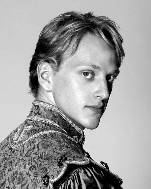 "David Hallberg. © Nancy Ellison, and from Eric Taub's 2007 interview for <a href=""http://www.ballet.co.uk/magazines/yr_07/mar07/interview_david_hallberg.htm"">Balletco Magazine</a> (the forerunner of DanceTabs)"