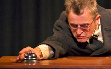 Mikhail Baryshnikov in Man in a Case.© T. Charles Erickson. (Click image for larger version)
