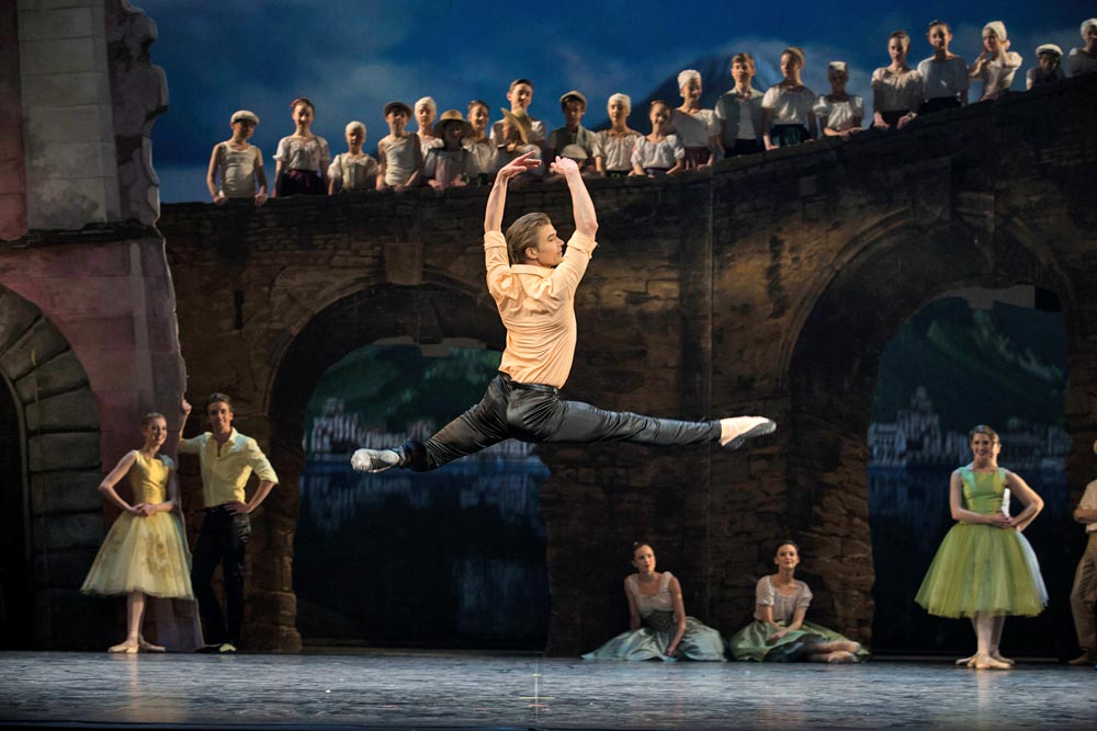 Gregory Dean in the 3rd male solo in Act 3 of <B>Napoli</B>.<br />© Costin Radu. (Click image for larger version)