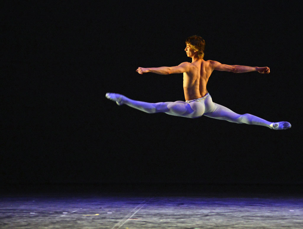 Vadim Muntagirov in <I>Adagio</I>.<br />© Dave Morgan. (Click image for larger version)