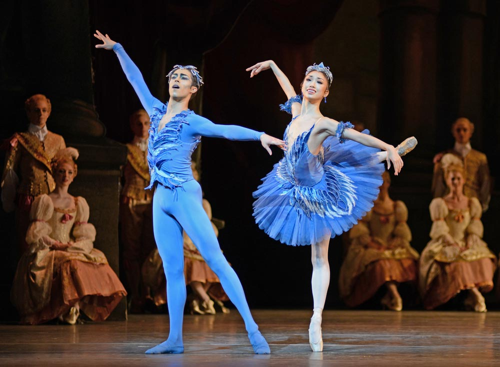 James Hay and Akane Takada as the Bluebird and Princess Florine in <I>The Sleeping Beauty</I>.<br />© Dave Morgan, courtesy the Royal Opera House. (Click image for larger version)