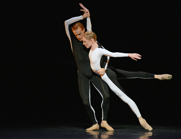 Steven McRae & Sarah Lamb in <I>Tetractys - The Art of Fugue</I>.<br />© Dave Morgan, courtesy the Royal Opera House. (Click image for larger version)