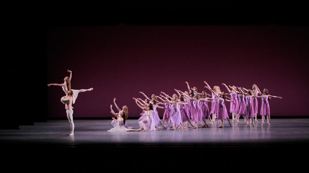 Ask la Cour and Maria Kowroski in <I>Walpurgisnacht Ballet</I>.<br />© Paul Kolnik. (Click image for larger version)