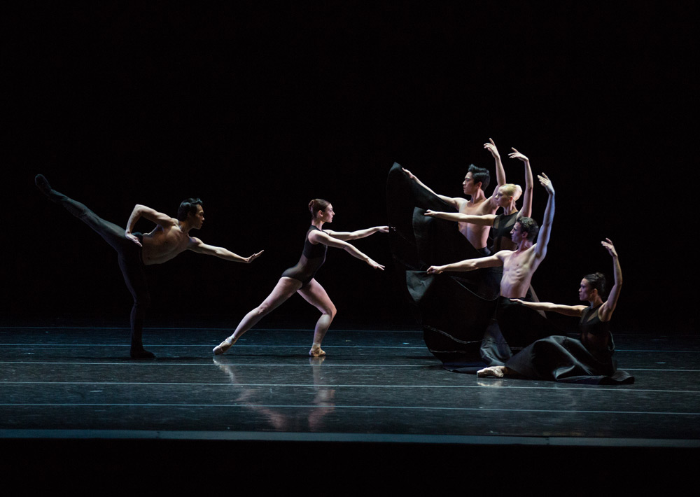 Artists of Boston Ballet in Elo's <I>C. to C. (Close to Chuck) Reborn</I>.<br />© Rosalie O'Connor. (Click image for larger version)