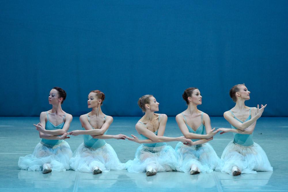 Perm Ballet in <I>Serenade</I>.<br />© Anton Zavialov. (Click image for larger version)