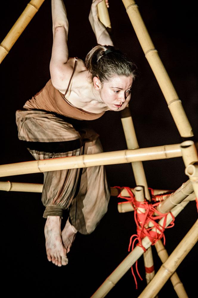 Scottish Dance Theatre in <I>Kingdom</I>.<br />© Brian Hartley/Stillmotion. (Click image for larger version)