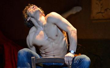 Ivan Vasiliev in Le Jeune Homme et la Mort.© Dave Morgan. (Click image for larger version)