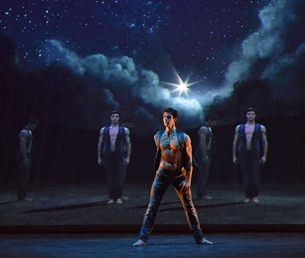 Roberto Bolle in <I>Prototype</I>.<br />© Dave Morgan. (Click image for larger version)