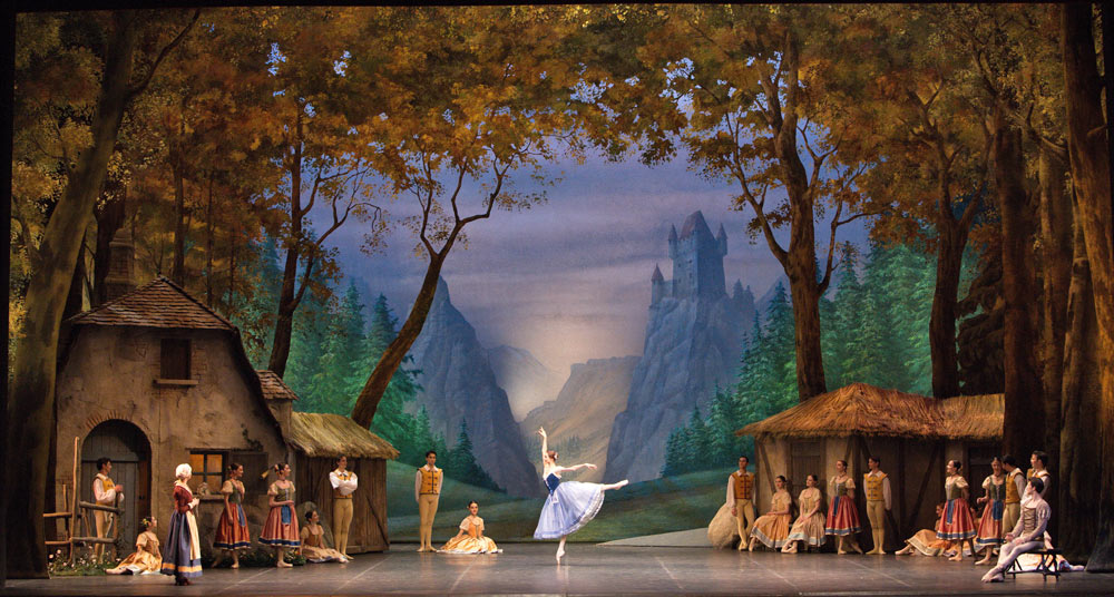 Svetlana Zakharova and La Scala Ballet in <I>Giselle</I>.<br />© Marco Brescia and Rudy Amisano, Teatro alla Scala. (Click image for larger version)