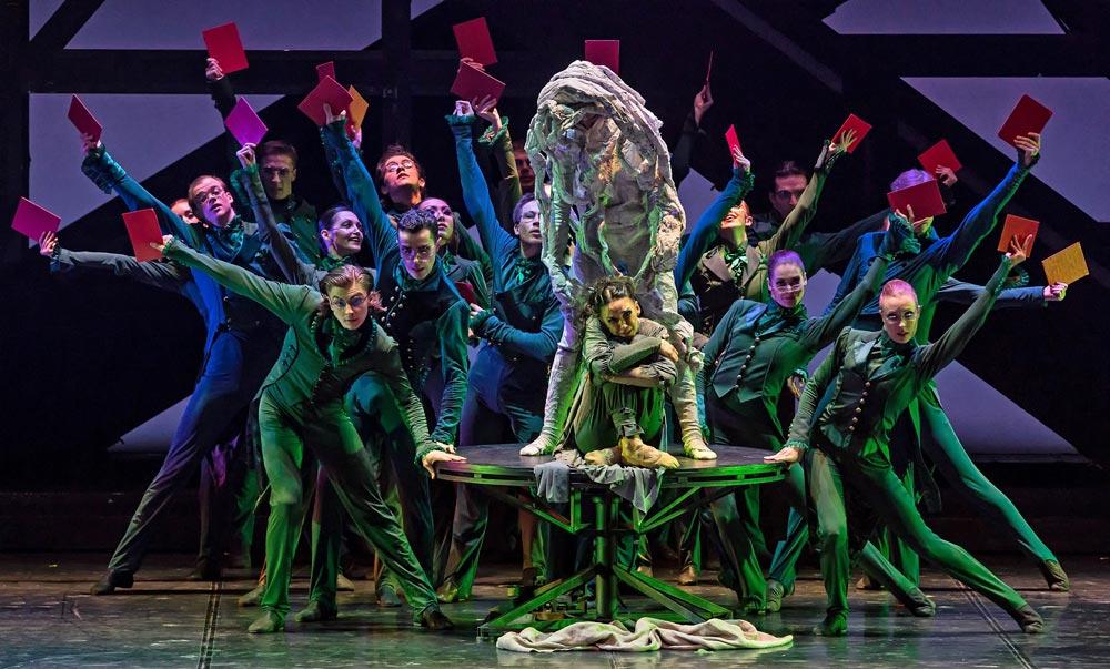 Eifman Ballet in Boris Eifman's <I>Rodin</I>.<br />© Souheil Michael Khoury. (Click image for larger version)