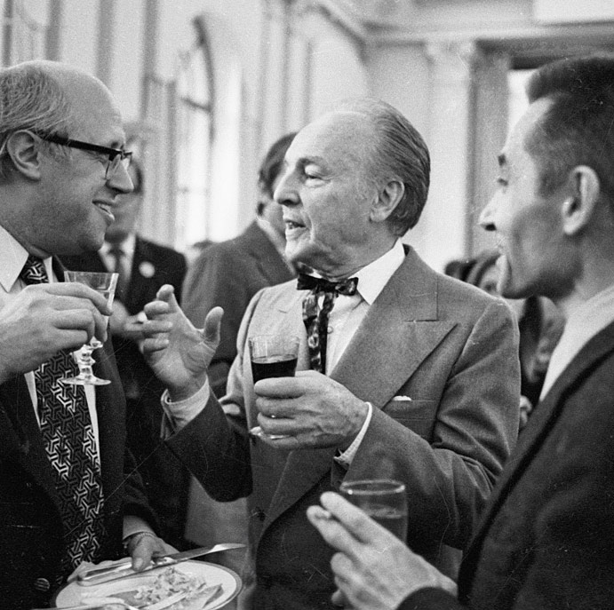 George Balanchine, with Mstislav Rostropovich and Yury Grigorovich, in 1972.From Wikipedia - full attribution: RIA Novosti archive, image #32796 / Alexander Makarov / CC-BY-SA 3.0. (Click image for larger version)