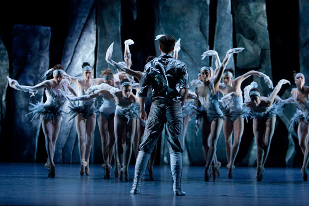Les Ballets de Monte Carlo in <I>LAC</I>.<br />© Angela Sterling. (Click image for larger version)
