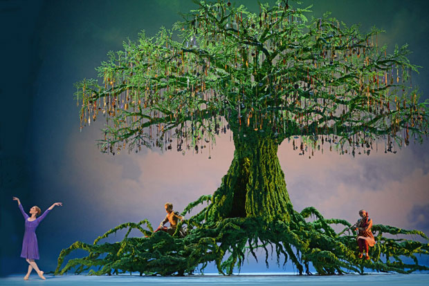 Bohemia in Christopher Wheeldon's The Winter's Tale.© Dave Morgan, courtesy the Royal Opera House. (Click image for larger version)