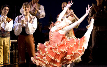 Paloma Herrera as Kitri in Don Quixote.© Gene Schiavone. (Click image for larger version)