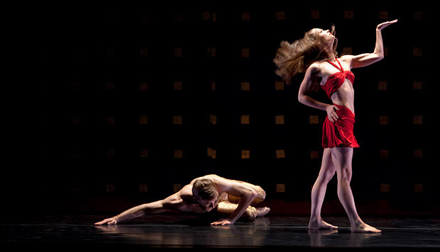 James Sanson and Laura Halzack in <I>Byzantium</I>.<br />© Paul B. Goode. (Click image for larger version)