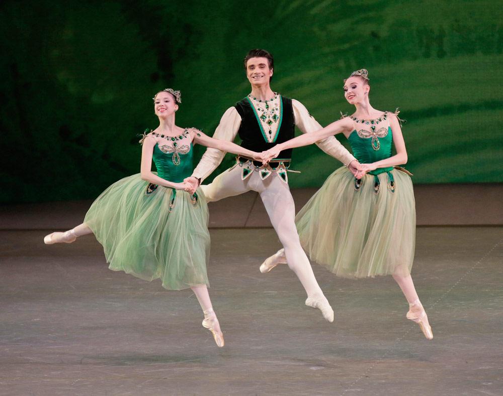 Erica Pereira, Antonio Carmena and Ashley Laracey in George Balanchine's <I>Emeralds</I> from <I>Jewels</I>.<br />© Paul Kolnik. (Click image for larger version)