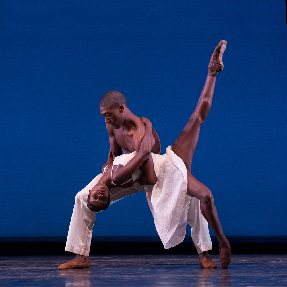 Davon Doane and Ashley Murphy in Past-Carry-Forward.© Rachel Neville. (Click image for larger version)