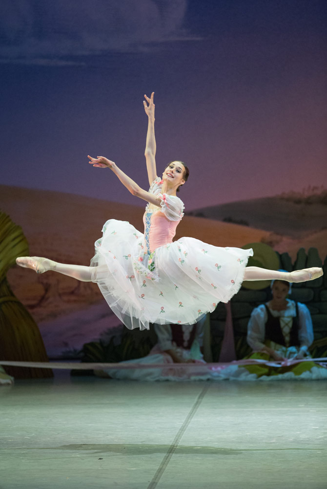 Anastasia Soboleva in La Fille mal gardée.© Stas Levshin. (Click image for larger version)
