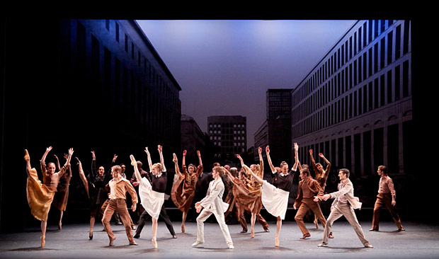 Scottish Ballet in Krzysztof Pastor's <I>Romeo and Juliet</I>.<br />© Andy Ross. (Click image for larger version)