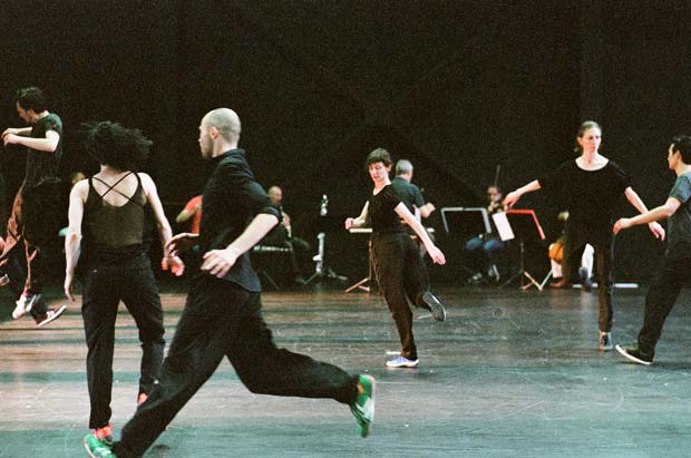 Rosas and Ictus in Anne Teresa De Keersmaeker's <I>Vortex Temporum</I>.<br />© Anne Van Aerschot. (Click image for larger version)