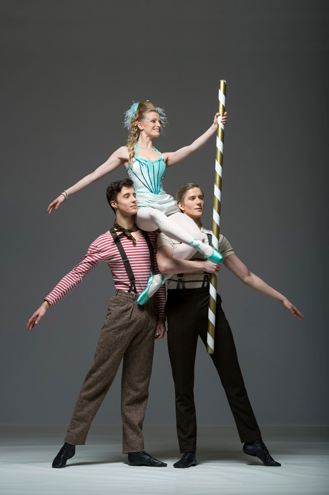 David Smale, Zoe White and Jack Roxby-Brown in Christopher Marney's Carousel Dances.© Bill Cooper. (Click image for larger version)