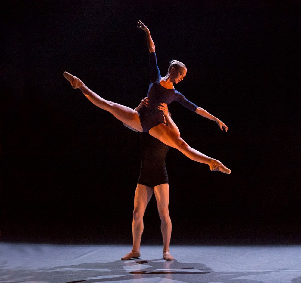 Harriet Marden and Duncan Anderson in Andrew McNicol's Continuum.© Bill Cooper. (Click image for larger version)
