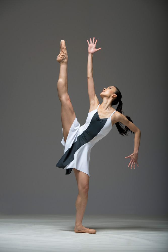 Wing Yue Leung in Daniel de Andrade's Meraki.© Bill Cooper. (Click image for larger version)