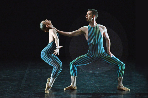 Hannah Bateman and Tobias Batley in Hans van Manen's <I>Concertante</I>.<br />© Dave Morgan. (Click image for larger version)