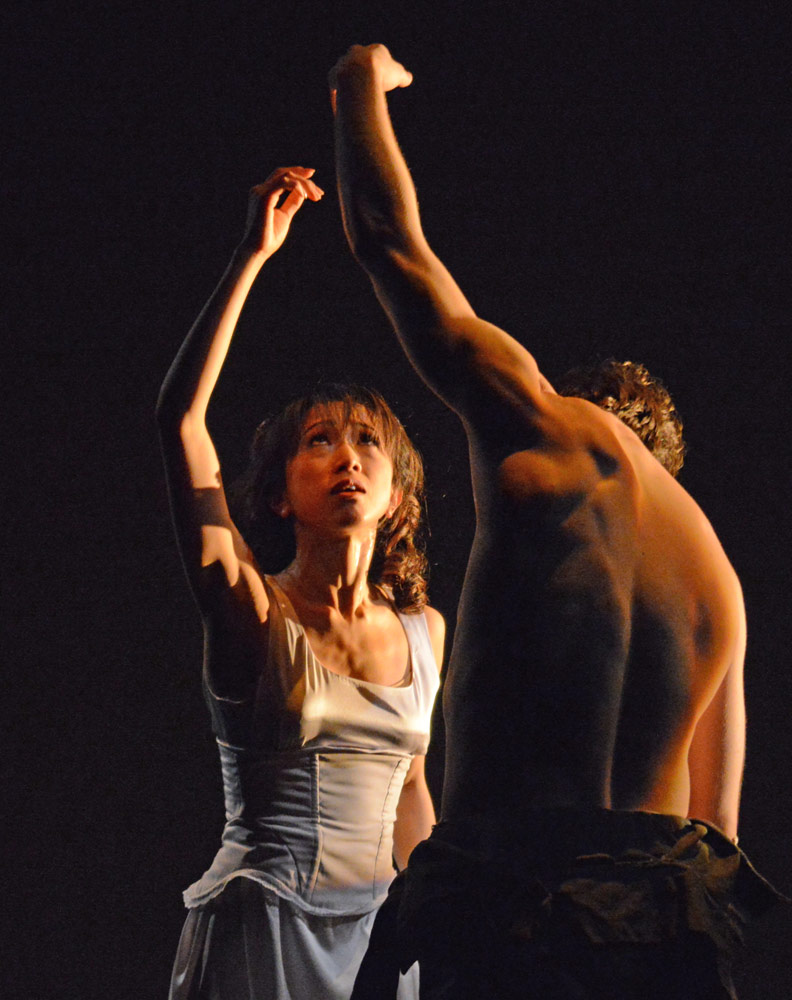 Erina Takahashi and Nathan Young in James Streeter's <I>In Living Memory...</I>.<br />© Dave Morgan. (Click image for larger version)