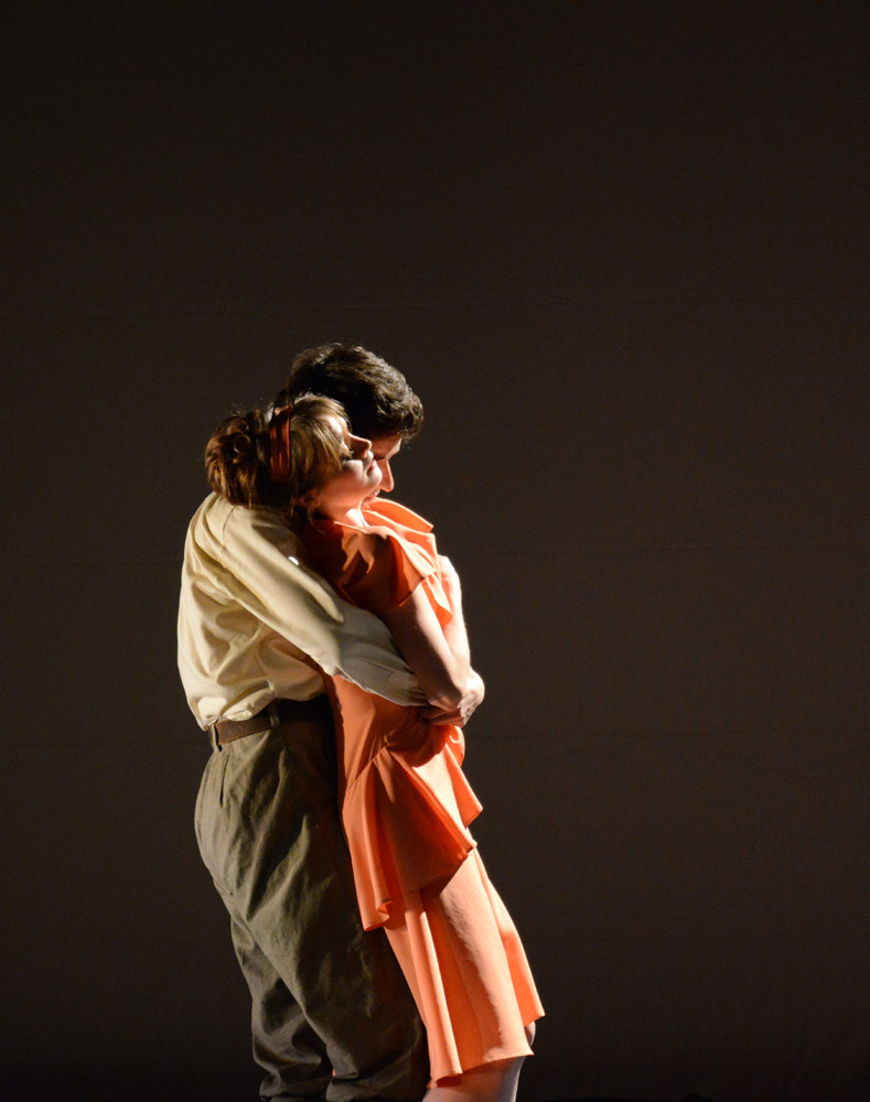 Nancy Osbaldeston and Guilherme Menezes in Stina Quagebeur's <I>Vera</I>.<br />© Dave Morgan. (Click image for larger version)