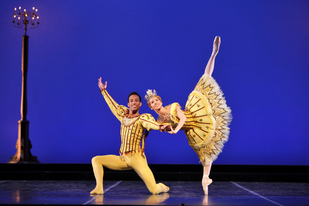 Danielle Brown and Ricardo Rhodes in Frederick Ashton's Birthday Offering.© Frank Atura. (Click image for larger version)