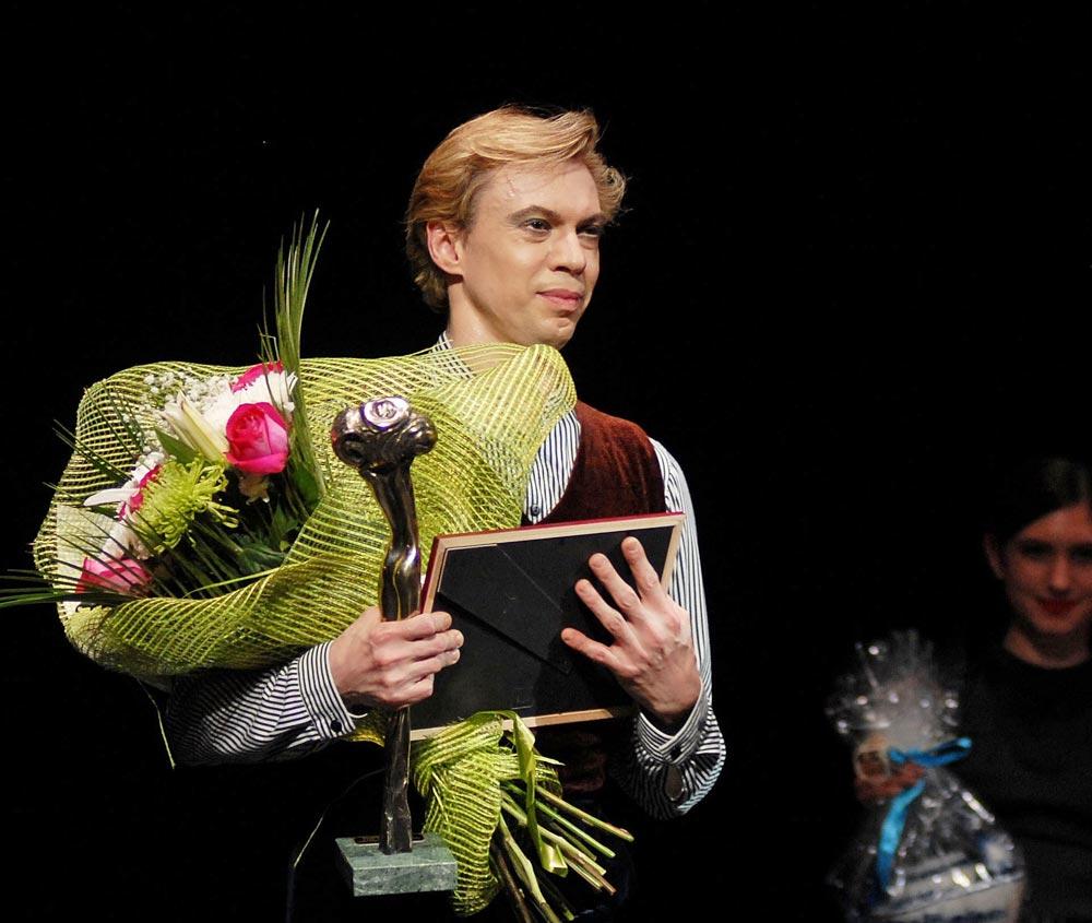 Vladimir Malakhov receiving his Soul of Dance prize.<br />© Igor Zakharkin. (Click image for larger version)