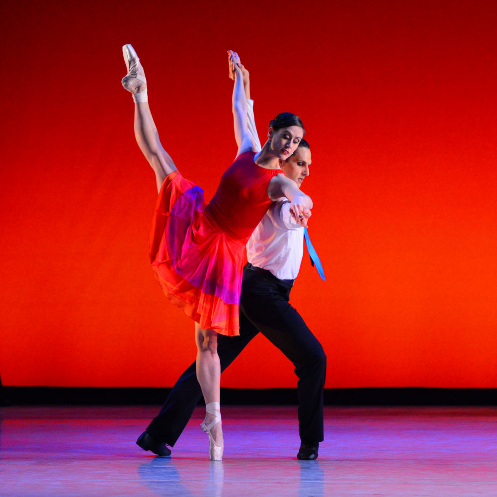 Luis R. Torres and Aurora Dickie in Elaine Kudo's Opposites Distract.© Paul Wegner. (Click image for larger version)