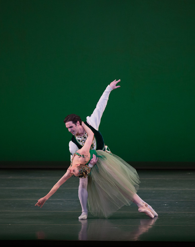 Ashley Ellis and Yury Yanowsky in <I>Emeralds</I>, © The George Balanchine Trust.<br />© Rosalie O'Connor. (Click image for larger version)