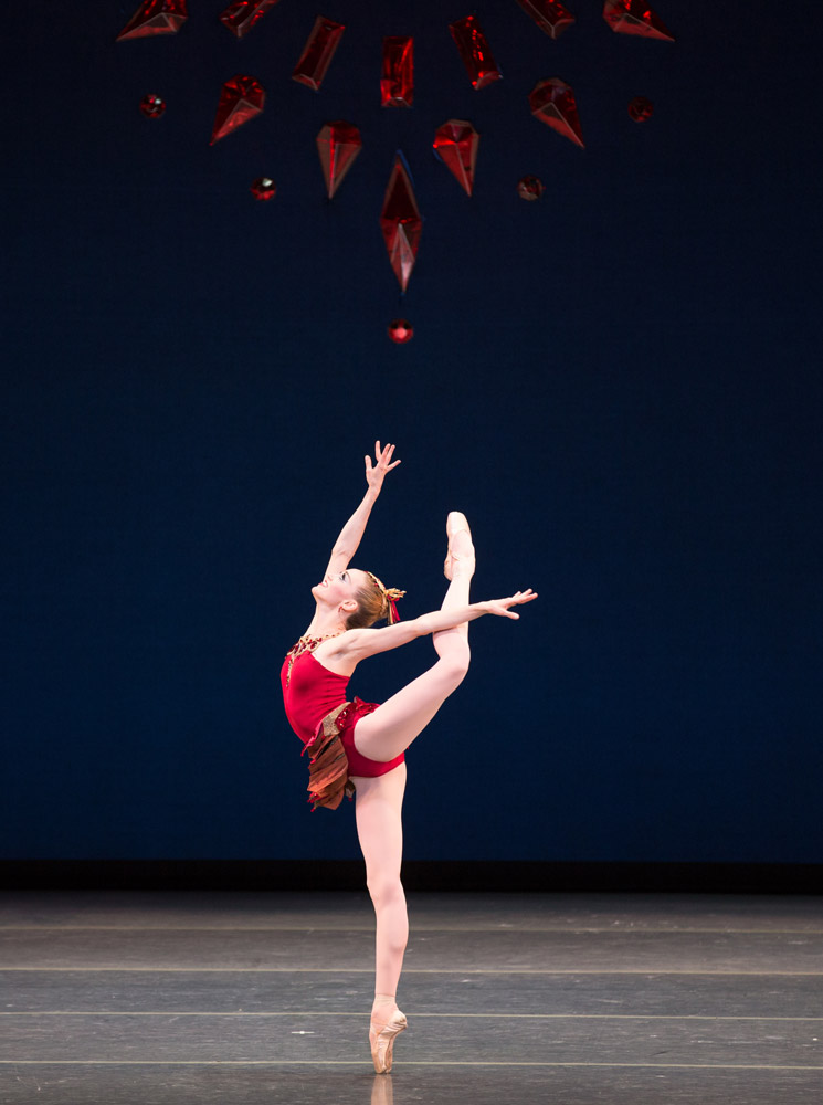 Dusty Button in <I>Rubies</I>, © The George Balanchine Trust.<br />© Rosalie O'Connor. (Click image for larger version