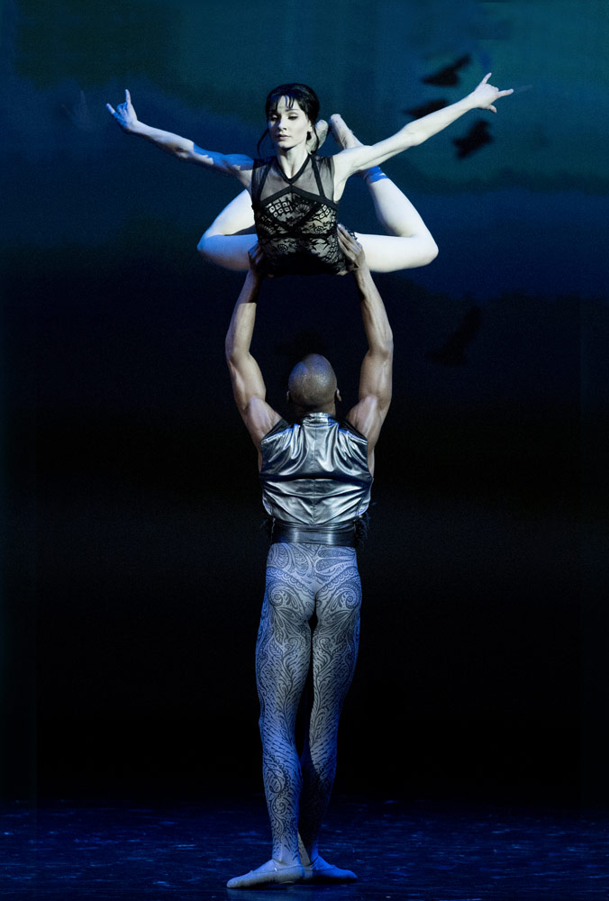 Melissa Hamilton and Eric Underwood in <I>Raven Girl</I>.<br />© Stas Levshin. (Click image for larger version)